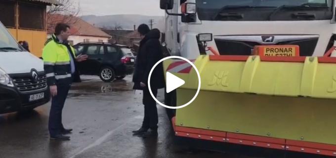 VIDEO: Municipiul Sebeș a achiziționat o automăturătoare stradală multifuncțională