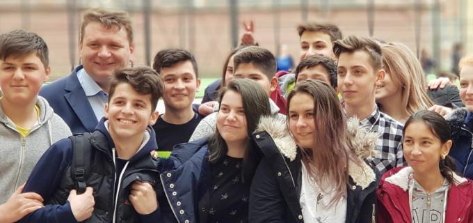 Echipa de proiecte a primarului Dorin Nistor a depus o cerere de finanțare de 2.600.000 de Euro pentru un nou Liceu Tehnologic, la Sebeș