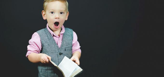 ULTIMĂ ORĂ. Parlamentul a aprobat DUBLAREA ALOCAŢIILOR pentru copii